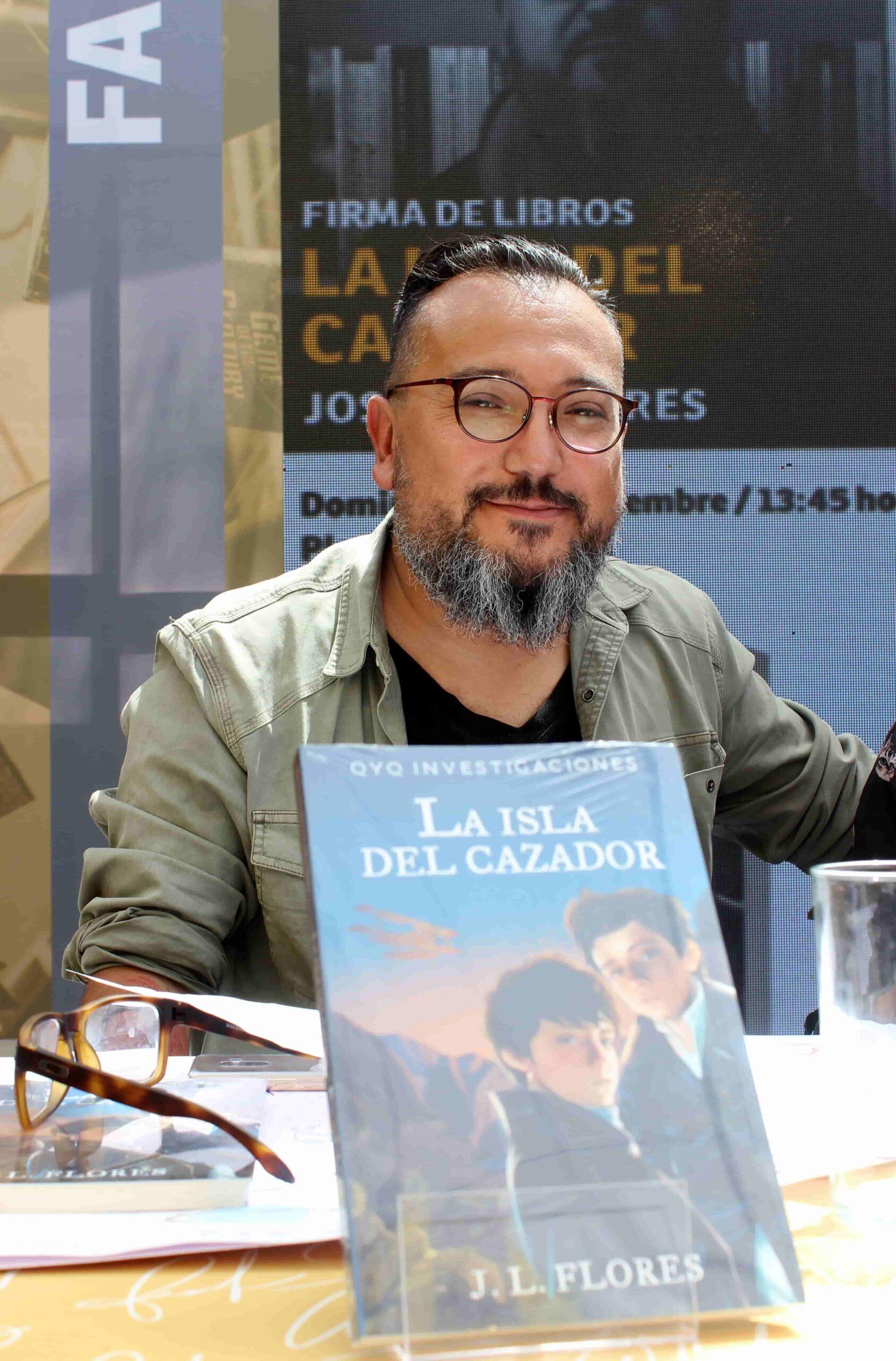 JL Flores autor escritor Mitos y Leyendas