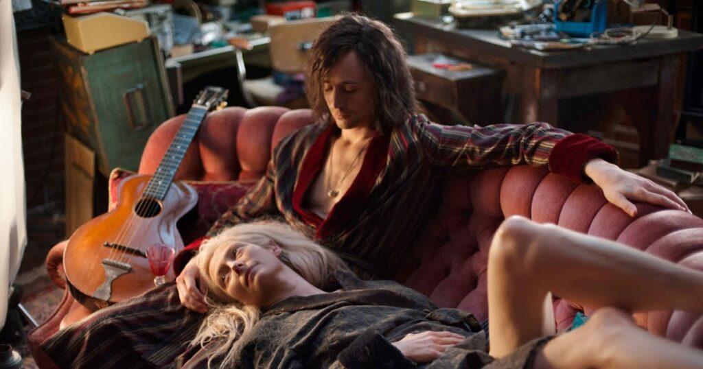 Solo los amantes sobreviven, un romance vampírico y contemporáneo